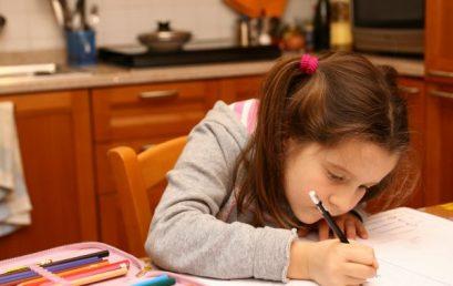 Escribir, la mejor estrategia para memorizar las reglas ortográficas.